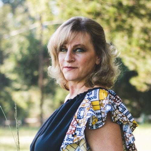 Trucco over 50: come realizzare un make-up adatto alle donne sopra i 50 anni
