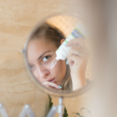 Acido glicolico: cos'è, come funziona e perché inserirlo nella tua beauty routine