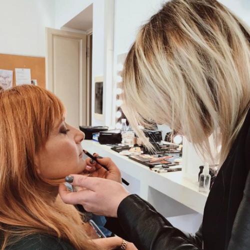 Fitting makeup: scopri come valorizzare il tuo viso con un trucco naturale