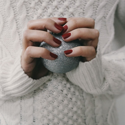 Unghie Natale 2018: le migliori manicure natalizie a cui ispirarsi