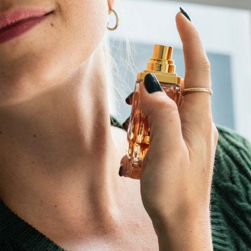 Come far durare più a lungo il profumo? Segui questi 5 semplici consigli