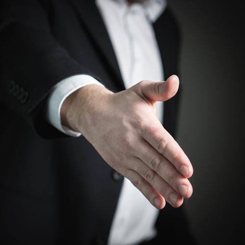 Anche l'uomo è attento alla manicure: tutti i prodotti pensati per lui
