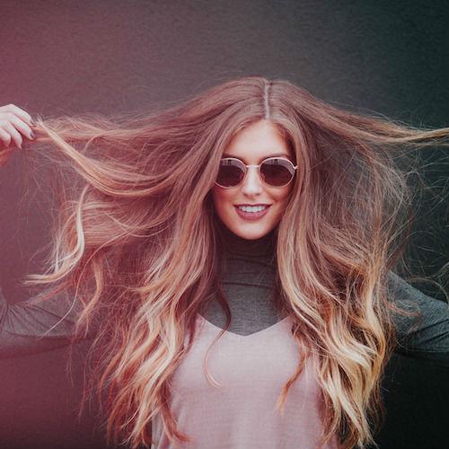 Come dare volume ai capelli sottili? Ecco alcuni semplici consigli da seguire
