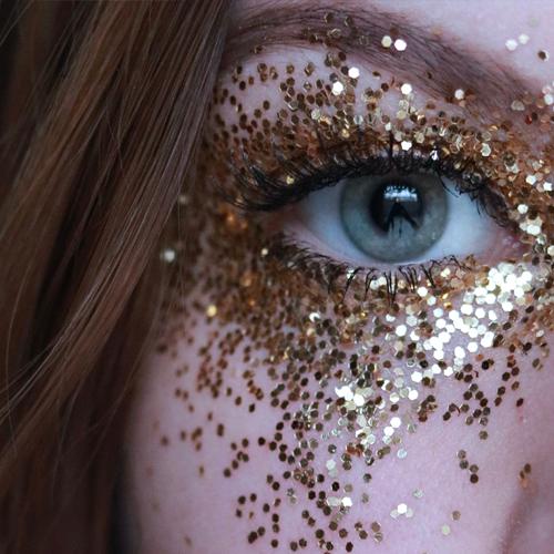 Microplastiche nei cosmetici: dal 2020 il bando. In arrivo le linee biodegradabili