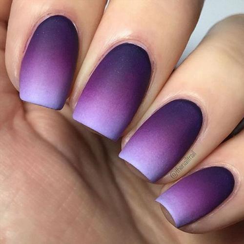 Tendenze nail art: le gradient nails spopolano sui social