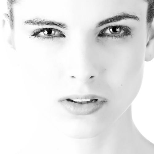 Ginnastica facciale antirughe: come liftare il viso