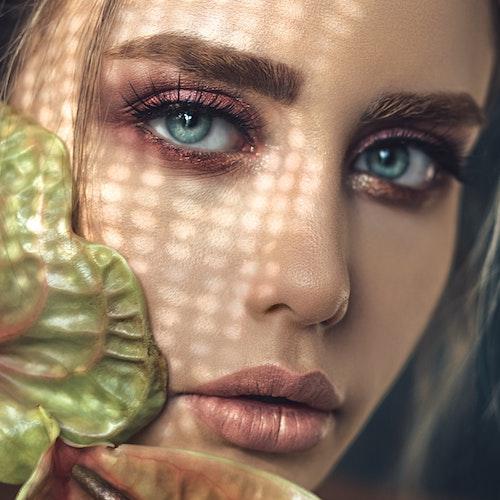 Come truccare gli occhi verdi? Tutti i consigli da seguire