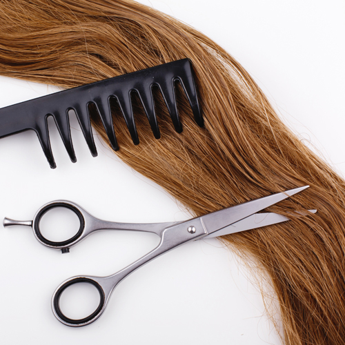 Tagliare i capelli da asciutti, tutti i vantaggi del dry cut