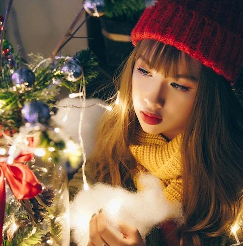 Come truccarsi a Natale? Le migliori idee per il trucco natalizio 2019