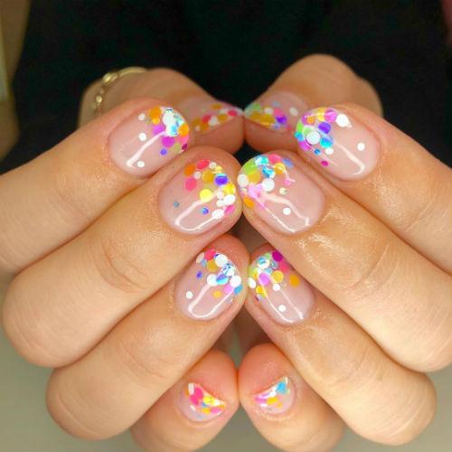 Nail art di Capodanno: 3 idee per le unghie delle feste