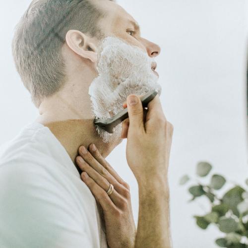 Routine di bellezza maschile: tutti gli step per una pelle perfetta