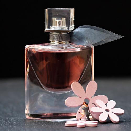 Profumi dolci donna: le migliori fragranze femminili 2020