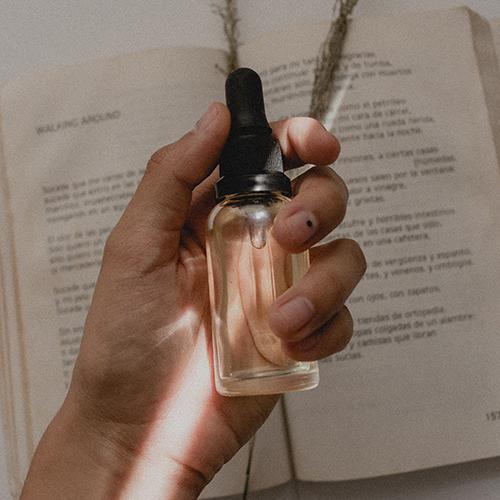 Come scegliere cosmetici sicuri leggendo l'INCI dei prodotti