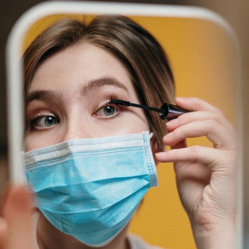 Trucco occhi con mascherina: i beauty tips