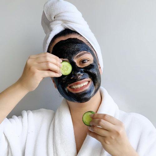 Le migliori maschere viso 2020: tipologie e consigli in base al tipo di pelle
