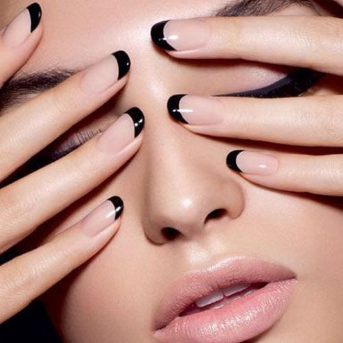 French Manicure: le tendenze