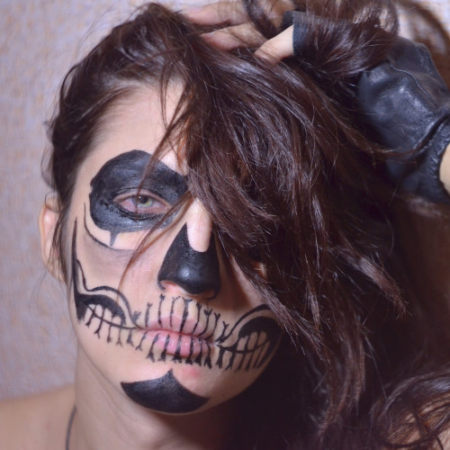 Halloween 2020: idee make-up e nails