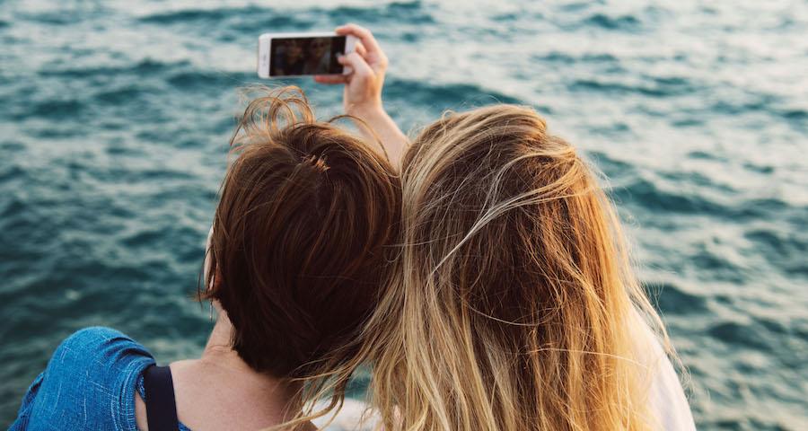 come scattare il selfie perfetto con il trucco