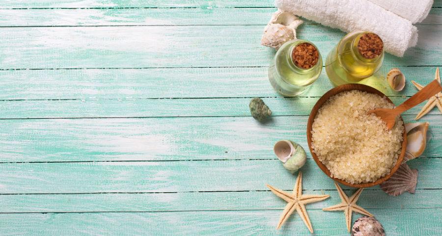 Come mantenere l'abbronzatura con gli scrub corpo