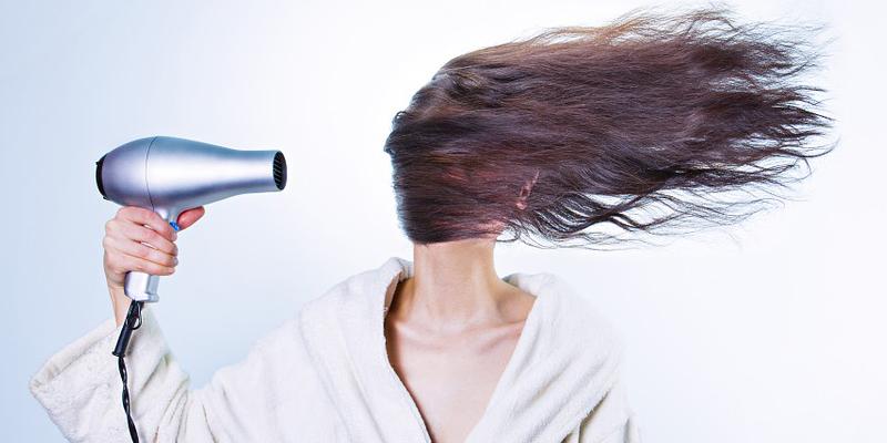 Pulizia del colore dei capelli